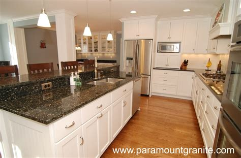 Kitchen Island Color Ideas by Verde Butterfly Granite Countertops Remodeling Ideas