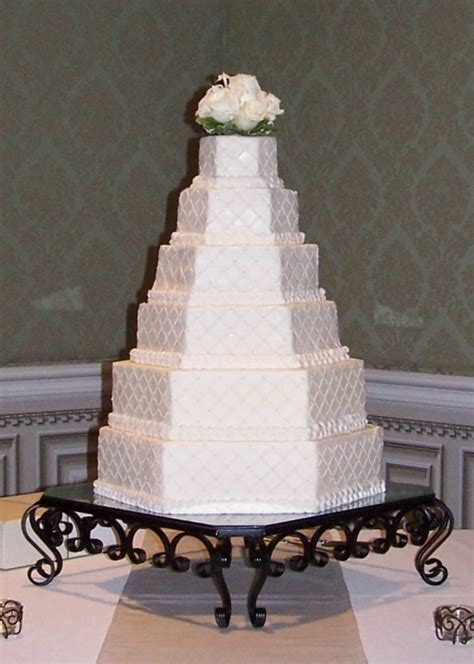 contact  vintage cakes  catering