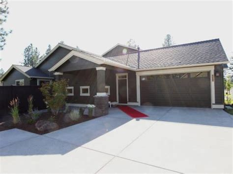 built by pahlisch homes 60375 hedgewood ln bend oregon