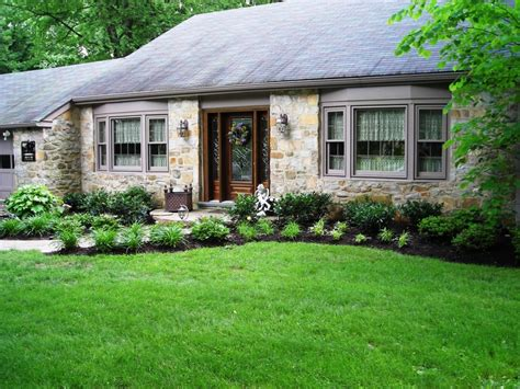 landscaping ideas for front of house 100