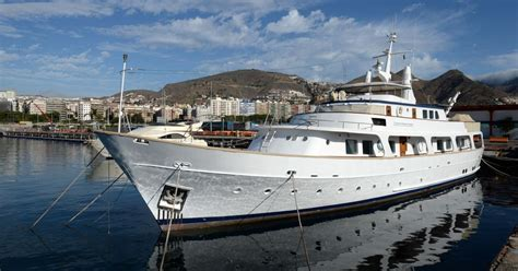 fishing boat load crossword 163 6m yacht owned by murdered conman goldfinger is found in