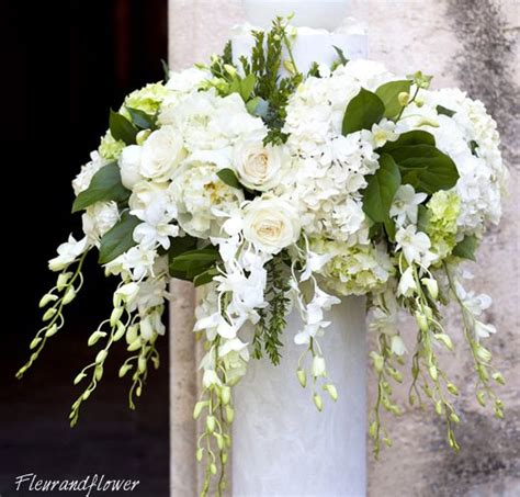 fiori verdi matrimonio bouquet per la sposa color avorio e verde mela forum