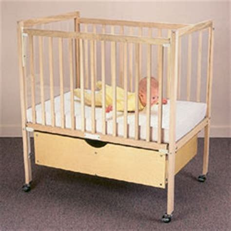 Decker Cribs For by Daycare Cribs Decker Childcare Cribs Evacuation