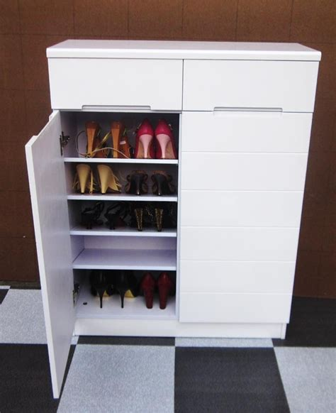 White Shoe Cabinet With Doors by White Shoe Cabinet With Doors Manicinthecity