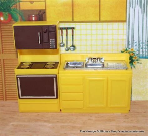 dollhouse furniture kitchen image detail for arco vintage dollhouse furniture yellow