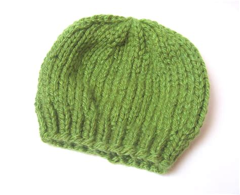 Simple Pattern For Knitted Beanie | megan e sass handknits free knitting pattern easy chunky