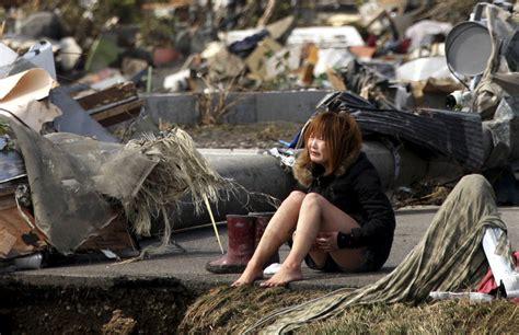 imagenes fuertes del tsunami en japon las im 225 genes de la cat 225 strofe en jap 243 n tras el terremoto y