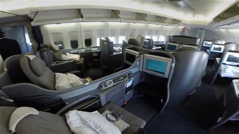 united airlines increasing routes to hawaii adding lie flat ord to sfo united airlines 747 400 global first youtube