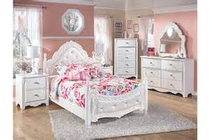 exquisite poster bed furniture homestore
