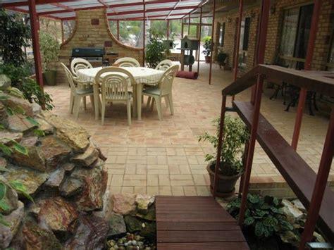 cat patio 1000 ideas about outdoor cat run on pinterest outdoor