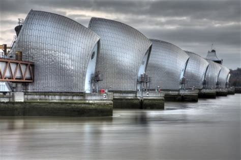 thames barrier in the future risk and uncertainty calculating the thames barrier s