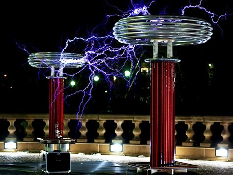 Tesla Coil Show The Awesome Power Of Musical Tesla Coils 187 Synthtopia