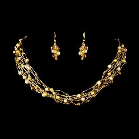 Gorgeous Jewelry by Gorgeous Pearl Swarovski Bridal Necklace Set