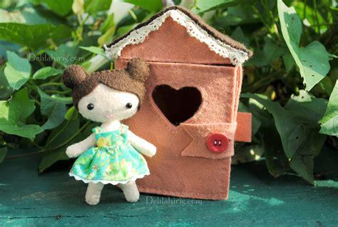 felt doll house tiny felt doll house sewing pattern delilah iris