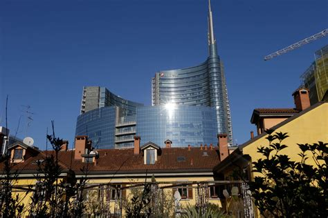 monte di lucca home banking unicredit of italy reports profit amid cost cutting the