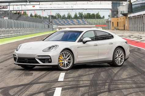 Porsche Panamera Wei by New Porsche Panamera 2017 Preview An In Depth Look At