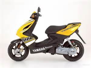 Yamaha Aerox Moto Speed Yamaha Aerox 50cc