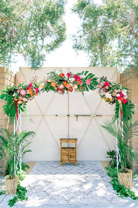 the most tropical wedding theme you ve seen weddingsonline