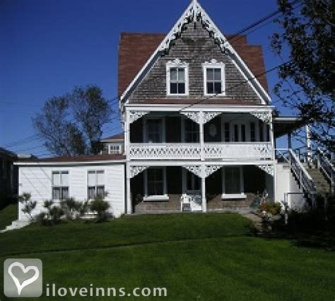 block island bed and breakfast gothic inn in block island rhode island iloveinns com