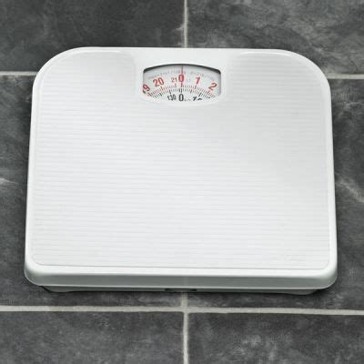 best inexpensive bathroom scale cheapest bathroom scales and cheap electronic bathroom