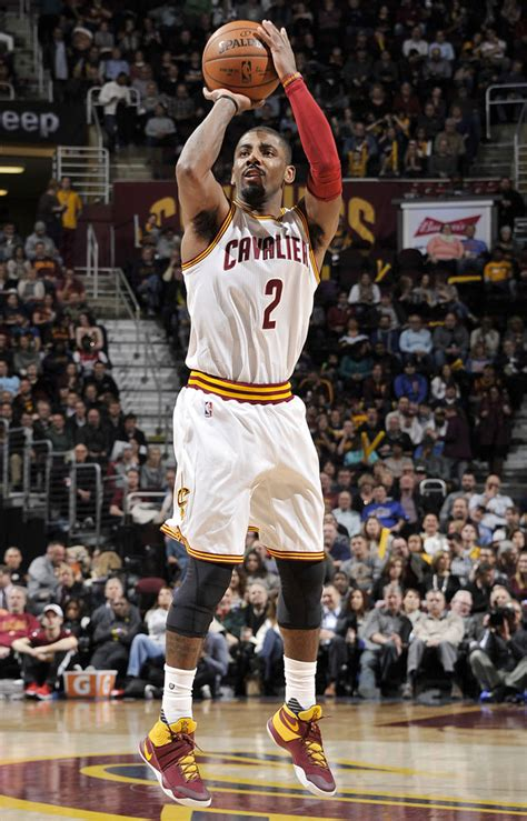 Kyrie Irving 2 solewatch kyrie irving s nike kyrie 2 pe