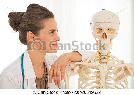 Femme Squelette Docteur Monde M 233 Dical Regarder Humain
