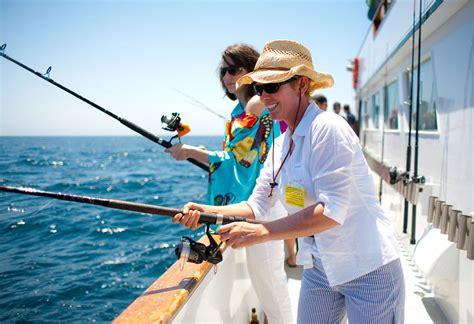 fishing boat trips abu dhabi deep sea fishing in abu dhabi sport fishing tour