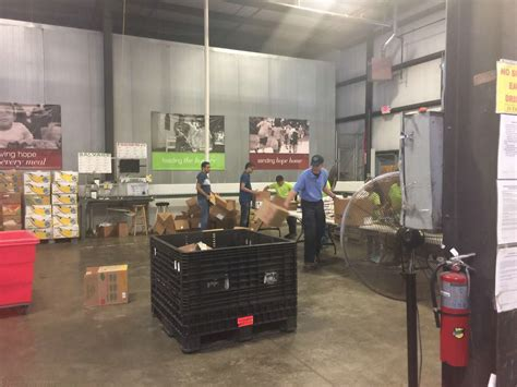 Food Pantry Louisville by Louisville Kentucky Mandal Volunteered At The To