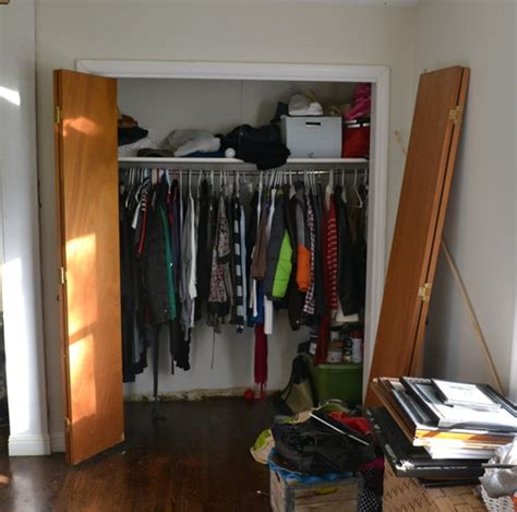 Diy Closet Makeover by Diy Cottage Closet Door Makeover Closet Diy Doors How