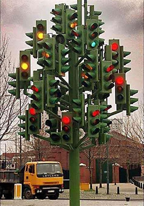 How Big Is A Traffic Light by Big Traffic Lights Should I Go Or Not