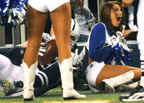 24 photos that prove cheerleaders aren't always perfect