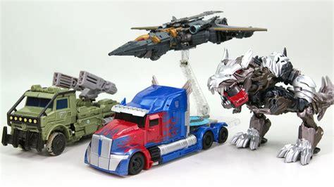 Trucker Eleven 5 transformers 5 2017 tlk voyager class optimus prime
