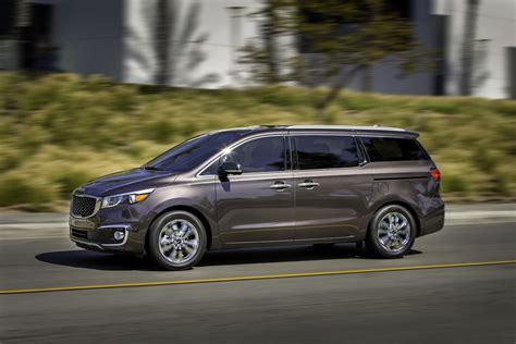 New Kia Sedona New Kia Sedona Minivan Is More Stylish And Family Friendly
