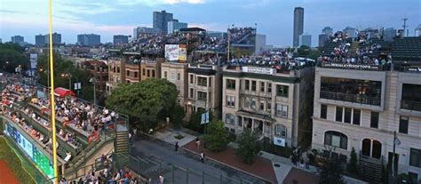 top wrigleyville bars wrigley field rooftop club chicagorooftopbars