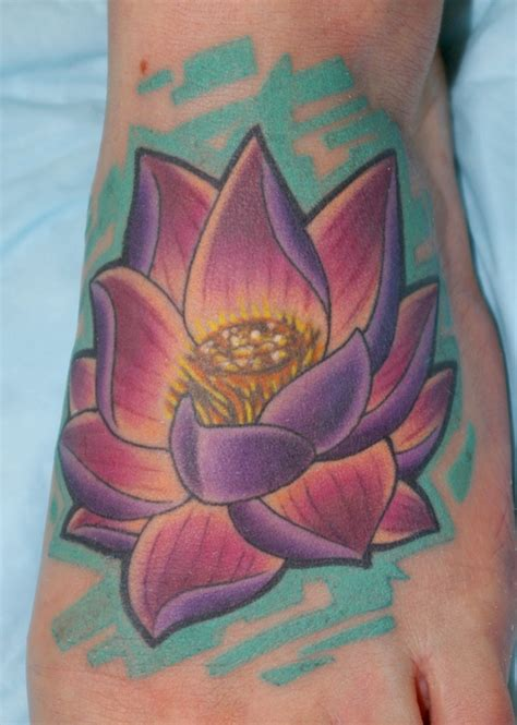 tattoo quebec qc 263 best images about flower tattoos on pinterest flower