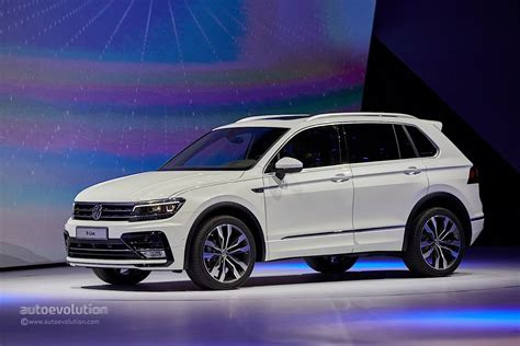 volkswagen tiguan white 2017 2017 volkswagen tiguan is all grown up in frankfurt