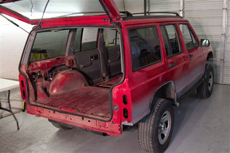 Spray In Liner For Jeep Wrangler Jeep Spray In Bedliner Inyati Bedlinersinyati Bedliners