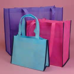 gift bags for wedding guests http abigailcherry hubpages hub wedding gift bag