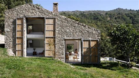 extremadura the grid house by abaton architects