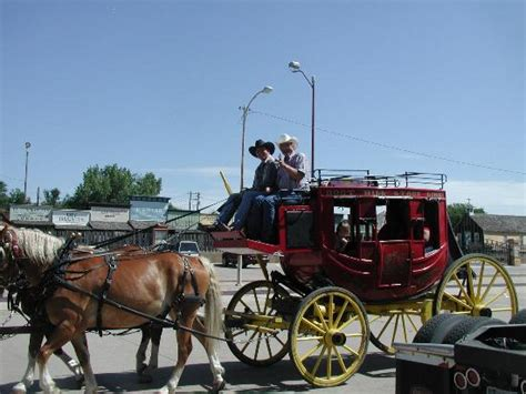 boat rides in kansas city stage coach rides picture of boot hill museum dodge