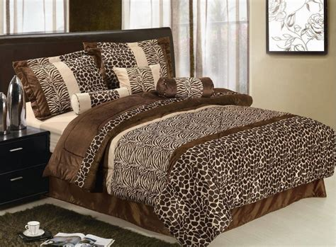 animal print bedroom decor i found the cutest giraffe bedding