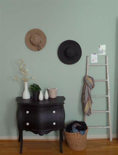 peinture chambre vert et gris les 25 meilleures id 233 es de la cat 233 gorie vert de gris sur