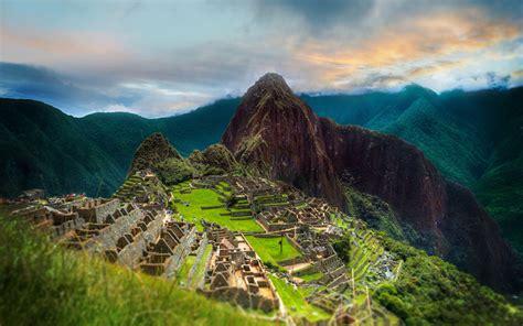 admiring  breathtaking machu picchu scenery peru