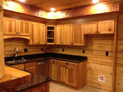 hickory shaker style kitchen cabinets gorgeous shaker style cabinets in hickory with an umber