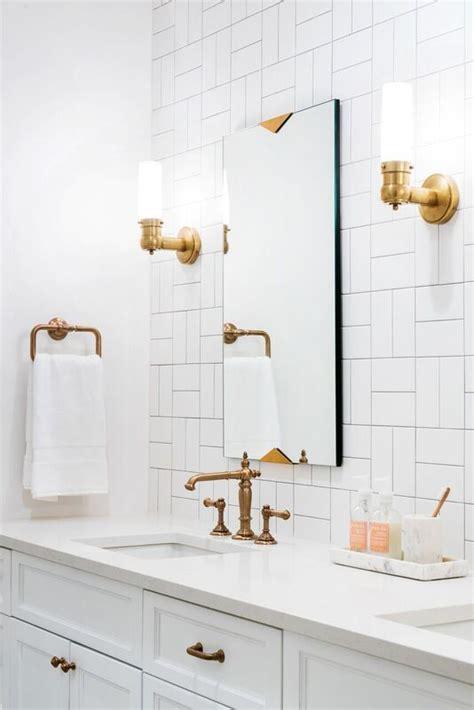 love  white bathroom  tile pattern  amazing