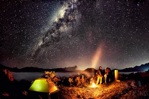 swing swing under the milky twilight cfire under milky way at mount bromo today s image earthsky