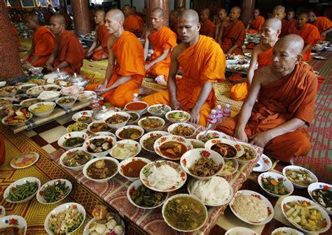 new year monk food beirut fashion a prison contest auroras on saturn