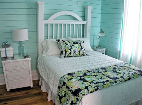 create a soothing atmosphere with a turquoise bedroom d 233 cor