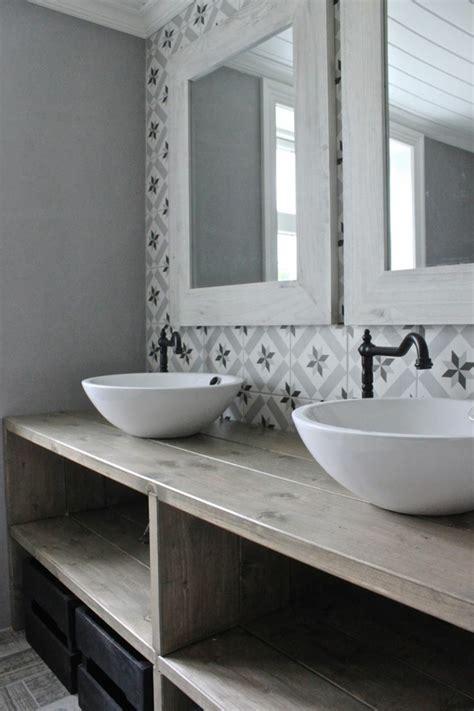 40 fantastische beispiele f 252 r designer badezimmer - Dekorierte Badezimmerideen