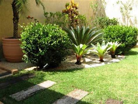 como decorar jardins pequenos pedras 40 fotos e dicas de jardins pequenos decorados